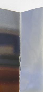 Bei der Heftbindung halten Drahtklammern die Seiten zusammen