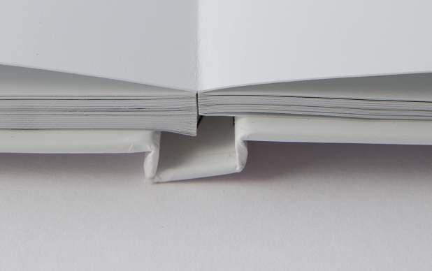 Die Leporello-Bindung wird vor allem bei Echtfoto-Büchern eingesetzt
