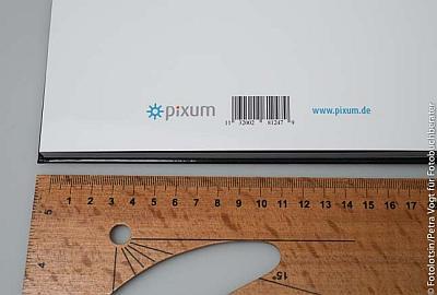 Pixum Logo und Barcode
